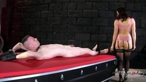 FemdomEmpire - Chanel Preston - Pussy Slide the Cum Out