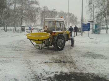 Komunalna oprema za traktore - Page 6 2d77ac456344525
