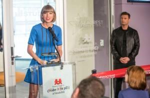 Taylor Swift - Seacrest Studios opening at Vanderbilt Children's Hospital in Nashville 3/18/16