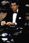 Джеймс Бонд. Агент 007. Золотой глаз / James Bond 007 GoldenEye (Пирс Броснан, 1995) Eae34b472804947