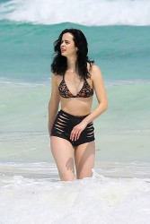 Krysten Ritter Wearing a Bikini in Cancun - 3/19/16