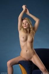 http://thumbnails114.imagebam.com/47418/f83ede474172903.jpg