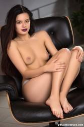 http://thumbnails114.imagebam.com/47435/94cab2474346955.jpg