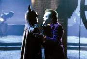 Бэтмен / Batman (Майкл Китон, Джек Николсон, Ким Бейсингер, 1989)  7d841f474617839