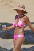 Britney Spears - Wears A Pink Bikini In Hawaii (3/31/16)