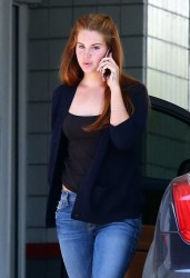 Lana Del Rey - At a gas station in Beverly Hills 4/1/16