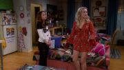 Emily Osment | Young & hungry S03E09