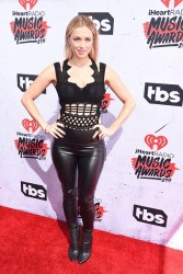 Iliza Shlesinger - iHeartRadio Music Awards 4/03/16
