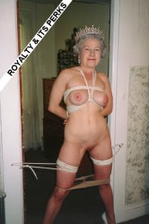 The queen naked